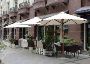 co so phan phoi o du chinh tam quan cafe tot nhat 300x214 - Xưởng sản xuất ô dù ngoài trời bền, đẹp và giá rẻ tại Hà Nội