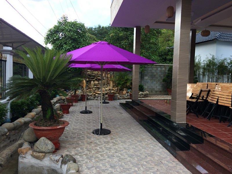 tai sao chung ta nen trang bi o du chinh tam cho quan cafe san vuon - Tại sao chúng ta nên trang bị ô dù chính tâm cho quán cafe sân vườn