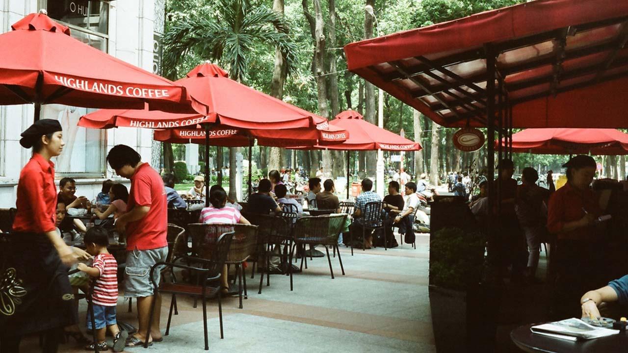 bi quyet chon mua o du quan cafe che nang ngoai troi chat luong gia re tai ha noi - Bí quyết chọn mua ô dù quán cafe che nắng ngoài trời chất lượng giá rẻ tại Hà Nội