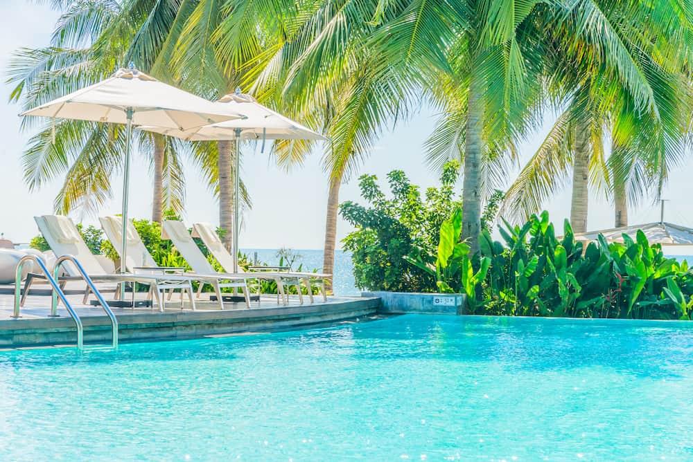 xuong san xuat o du che nang be boi cao cap - Ô dù che nắng bể bơi giải pháp che nắng mưa hiệu quả cho bể bơi và không gian ngoài trời